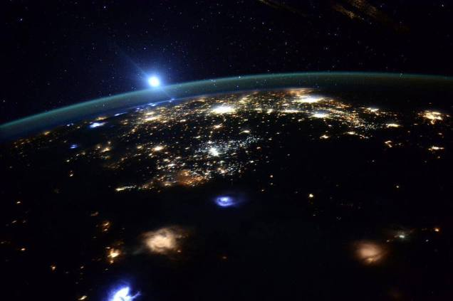 Western US from ISS 2015 in the morning