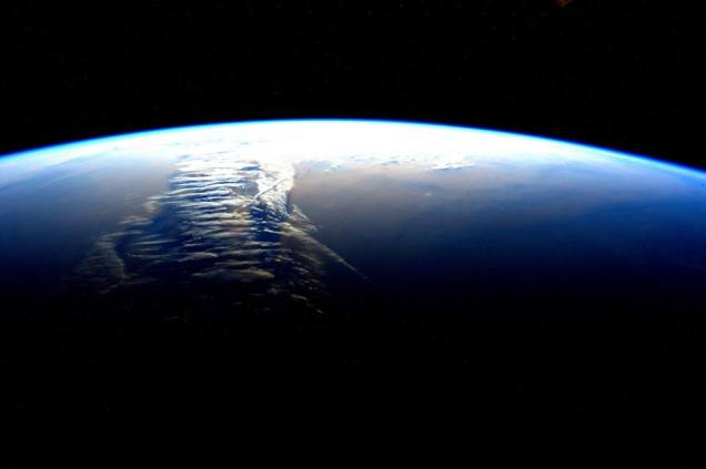 Mother Earth by Scott Kelly - Feb 18 2016